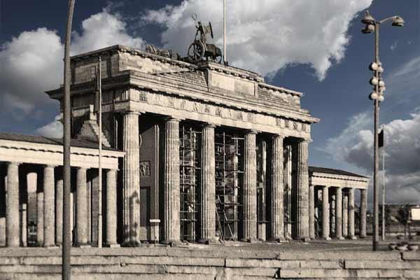 Brandenburger Tor im geteilten Berlin
