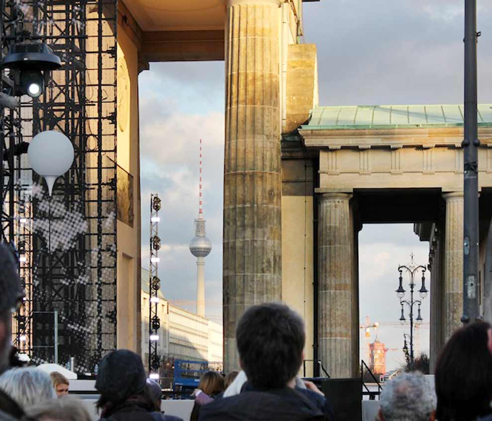 Brandenburger Tor - Berlin schreibt Geschichte im November
