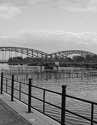 Symbolik der Brücke: Zwischen den Welten