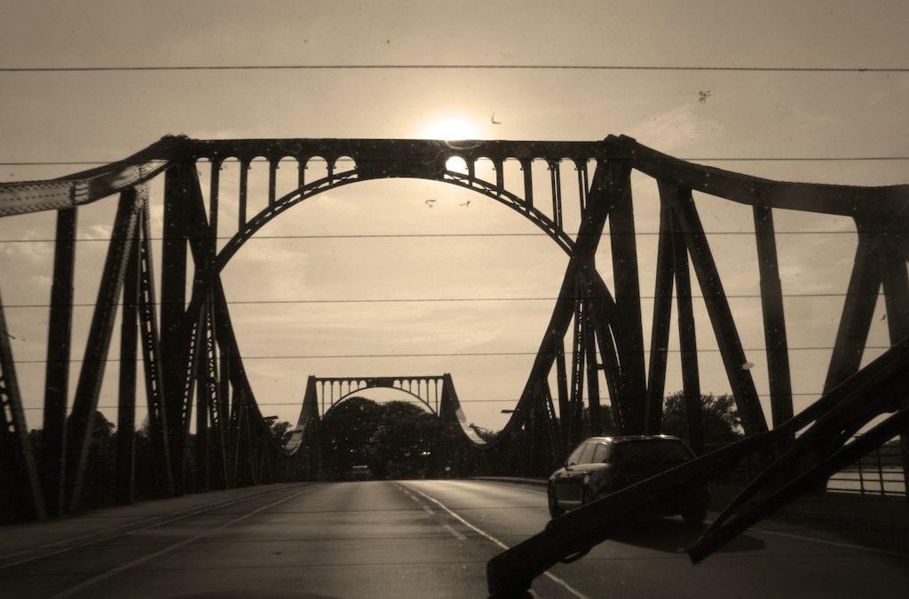 Geheimnisvolle Orte in Berlin: Glienicker Brücke / Le pont Glienicke