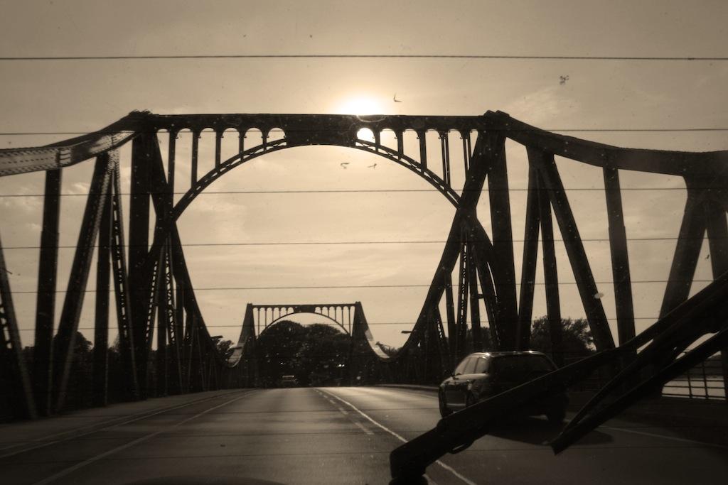Glienicker Brücke - Geheimnisvolle Orte in Berlin