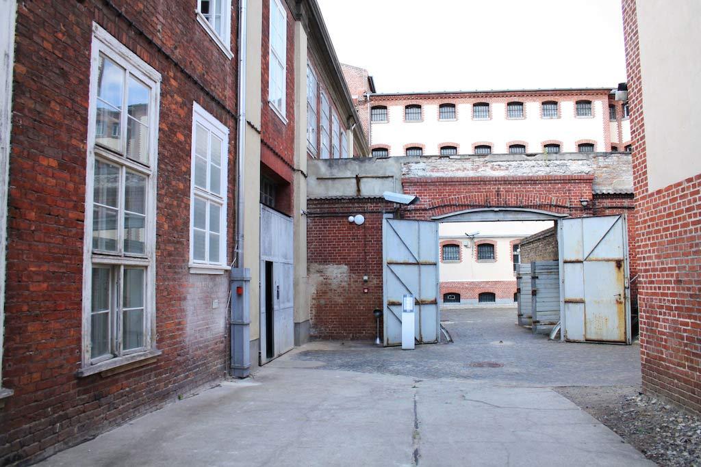 Stasigefängnis Lindenhotel Potsdam - Hinterhof